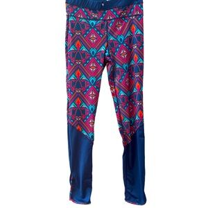 All for color navy pink pattern leggings M